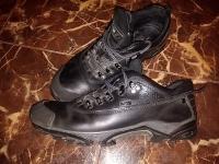 """Кожаные туфли, кеды (белые- """"Lacoste"""" 420р), кроссы (100р, белые)"""