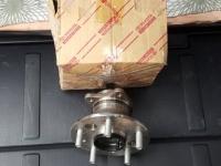 Задняя правая ступица в сборе на Камри 30,Лексус ЕС 300. 70 $