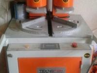 Vand mașină de sudat PVC / Сварочный станок пвх 1 650 €
